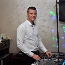 Дисководещ сватбен DJ Ицо. Dj за сватба.
